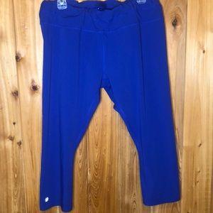 Athleta Royal Blue Capri Pants Size 1X